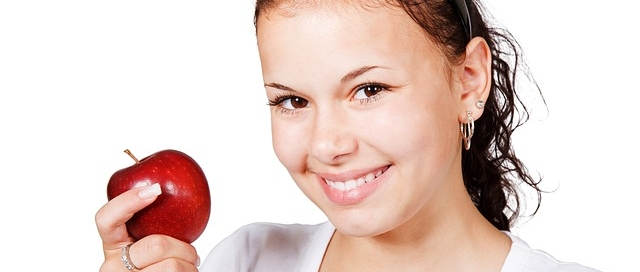 Smile With Apple - Schalo Smiles
